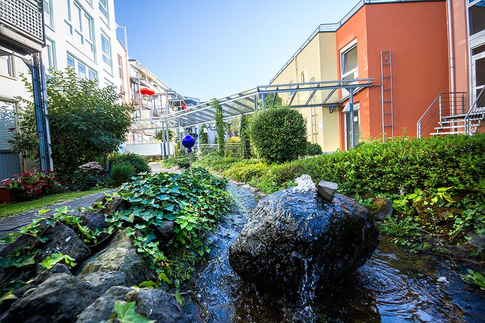 Alte-Glaserei-Seniorenresidenz-Garten2