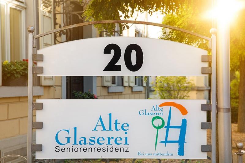 Alte-Glaserei-Seniorenresidenz-Schild